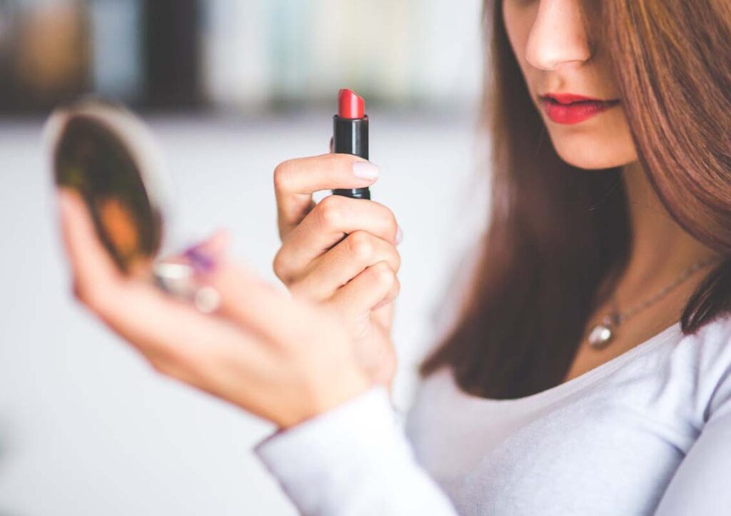 Makeup Blunders With Lipsticks